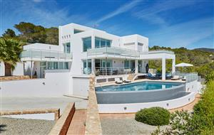 Tarida Beach House (18)-w1925-h1080.jpg